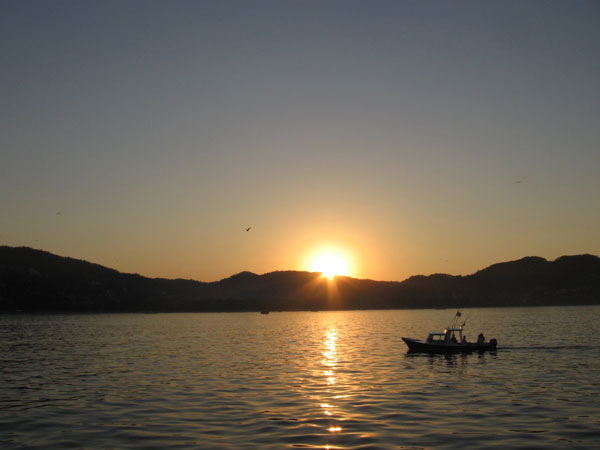 Sunrise on Zihuatanejo bay, Zihuatanejo