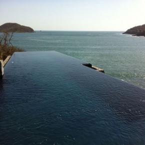 Infinity Pool, Villa Xiguacan