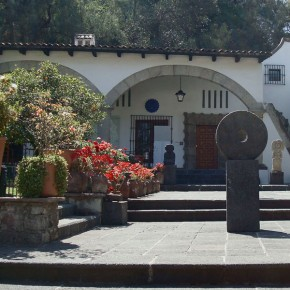 Courtyard at Museo Dolored Olmedo