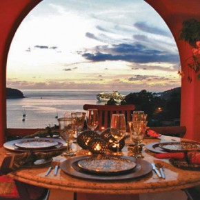 Dining with spectacular Bay View, Photo by Marc Pouliot