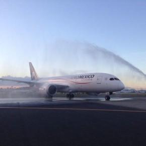 Aeromexico gets a Dreamliner!